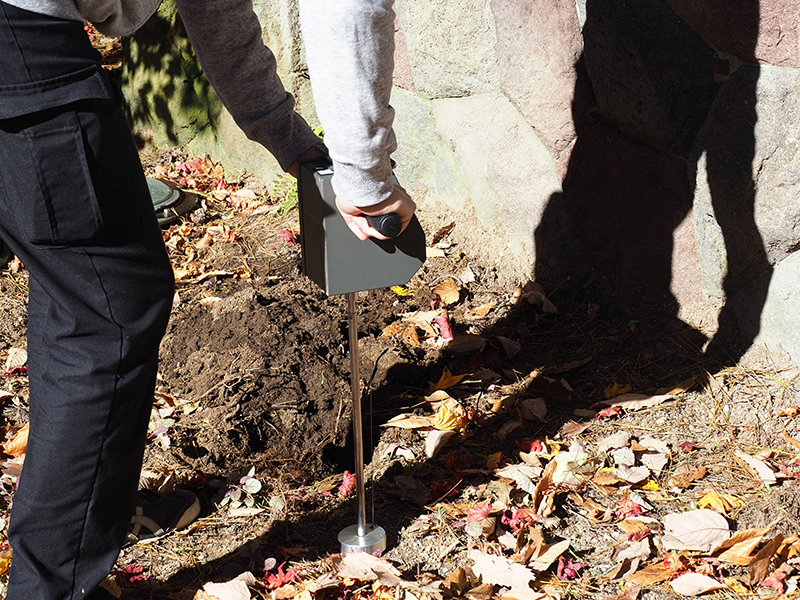 土壌改良のための排水環境調査:土壌硬度計